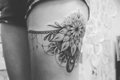 garter-belt-tattoo-4-1-650x650