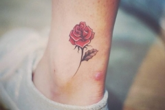 best-rose-tattoo-design-ideas-amp-meaning-for-women-fmagcom-1510633653k4g8n