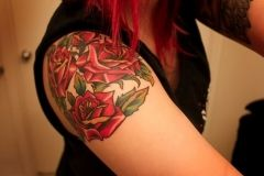Roses-Tattoo-for-Girl-on-Shoulder